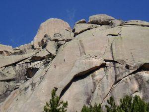 La Pedriza es una zona muy frecuentada por montañeros y escaladores.