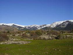 Cara sur de la zona este de Cuerda Larga vista desde la zona baja del Hueco de San Blas. (Foto: Erfil).