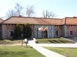 Entrada al Centro Nacional de Eduación Ambiental (Valsaín, Segovia).