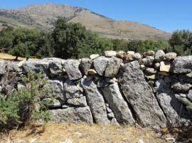 Pared de piedra seca en Los Molinos.