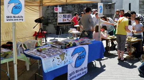 Stand de SEO-Birdlife en la Sierra de Guadarrama.
