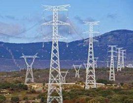 el nuevo tendido eléctrico supera ampliamente la altura del ya existente.