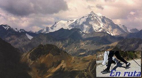 Huayna Potosi (6.088) visto desde los Condoriri. (Andes, Bolivia).