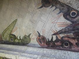 Frescos de dragones descubiertos en las bóvedas de la iglesia de Robledo de Chavela.