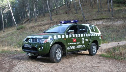 Coche patrulla de los Agentes Forestales de la Comunidad de Madrid.