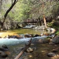 El Ayuntamiento de Manzanares El Real recuerda la prohibición del baño en el río Manzanares