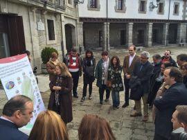 Presentación de las ayudas en Guadarrama. (Foto: CAM).