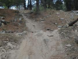 Degradación de los montes por la acción de las bicis.