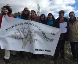 Voluntarios que participaron en la plantación. Foto: Ayto. Robledo de Chavela.