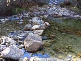 Poza artificial creada en el curso del río Manzanares. Foto: Parque Nacional.
