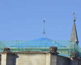 Cubiertas de la iglesia espinariega de San Eutropio. (Foto: Colectivo Azálvaro).