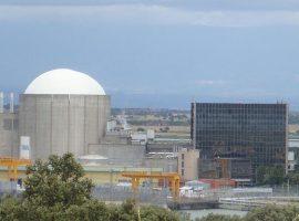 Central nuclear de Almaraz (Cuenca). Foto: Frobles.