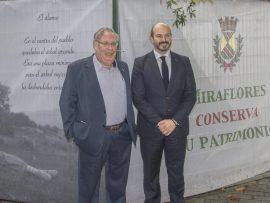 Firma del convenio entre Miraflores de la Sierra y la Comunidad de Madrid. Foto: CAM.