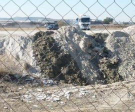 Zona afectada por el vertido de tierras. (Foto: Ecologistas en Acción).