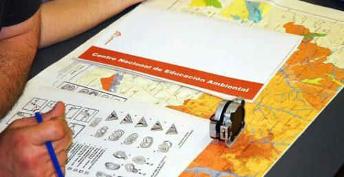 durante la excursión didçáctica se darán las claves para orientarse correctamente en el medio natural.