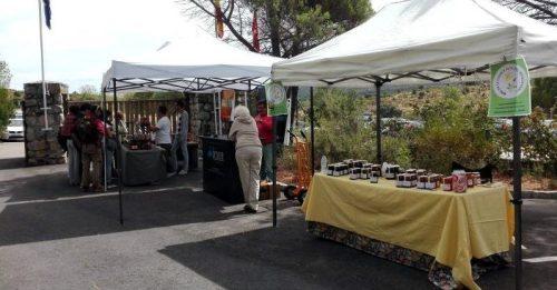 I Feria de productores locales celebrada el Centro de Visitantes 'La Pedriza'. foto: Sonia Grande.