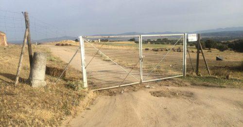 Nuevo cerramiento del camino de Romanillos. Foto: Jaime Benavides.