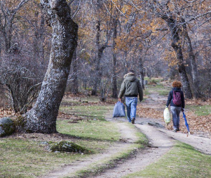 El 54% de los españoles se siente preocupado por la contaminación de los espacios naturales.