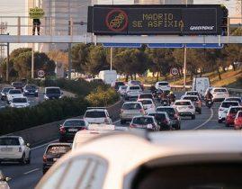 Greenpeace reclama, desde la A-1, medidas más efectivas contra la contaminación.