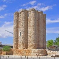 Villarejo de Salvanés restaura la muralla de su castillo
