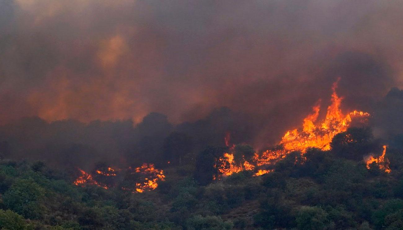 afectados-incendio-Cadalso-preparan-angustia_2135506449_7105181_1300x743