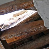 El abandono del poblado medieval de Navalquejigo y la sombra de la especulación urbanística