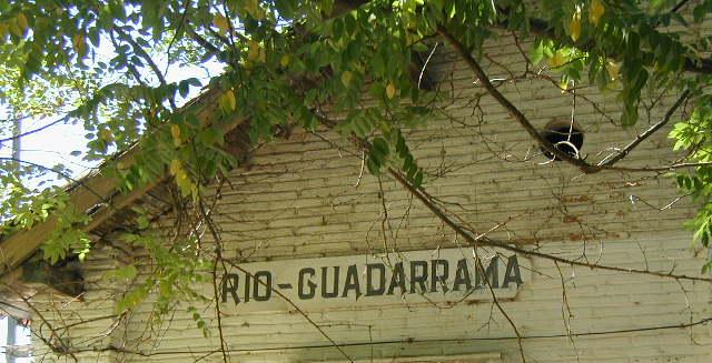 Antigua estación de tren Río Guadarrama. Foto: FFE-Vías Verdes.